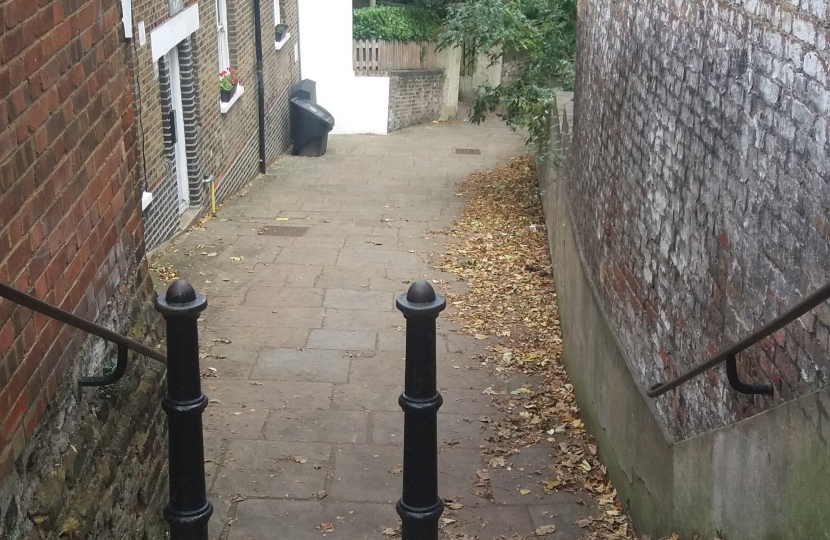 Streatley Place staircase, which the developer wants to narrow even further! And the developer wants to drive a 9ft (2.7m) skip lorry down 6ft (1.8m) wide Flask Walk